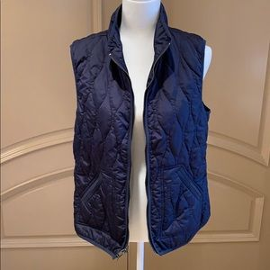 Old Navy Women's Navy Quilted Vest Lightweight EUC